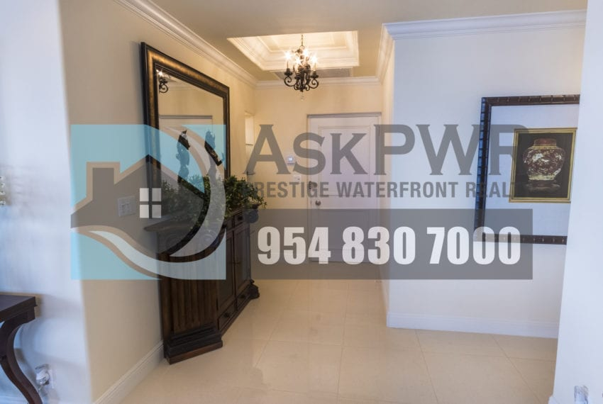MLS_F10184995-3430_Galt_Ocean_Dr_1706-Prestige_Waterfront_Realty_AskPWR- Foyer
