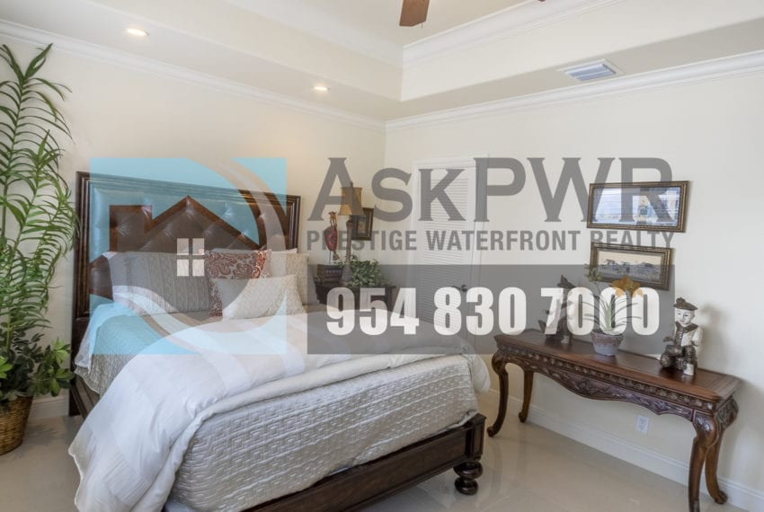 MLS_F10184995-3430_Galt_Ocean_Dr_1706-Prestige_Waterfront_Realty_AskPWR- guest bedroom 2