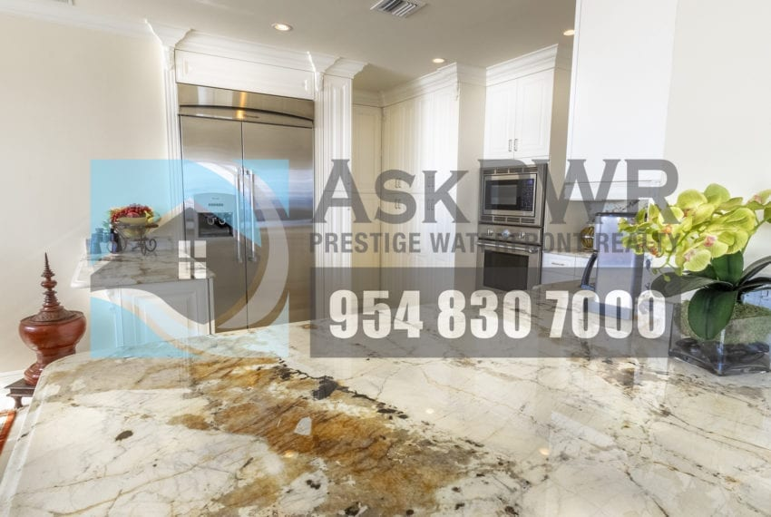 MLS_F10184995-3430_Galt_Ocean_Dr_1706-Prestige_Waterfront_Realty_AskPWR- kitchen 3