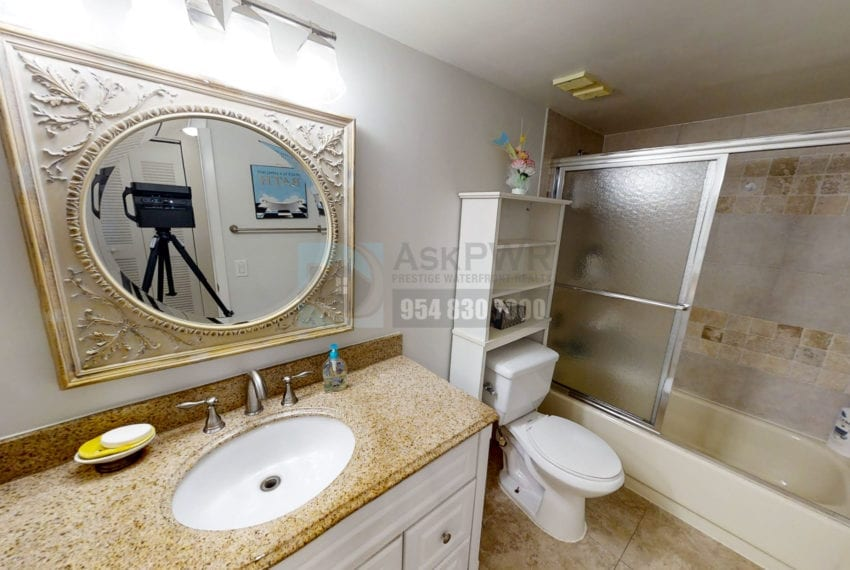 Oakland_Park_Real_Estate-Lake_Emerald_114_406-Condo_for_Sale-F10218930-114_Lake_Emerald_Dr_406_Oakland_Park_FL_33309-Prestige_Waterfront_Realty_AskPWR--10