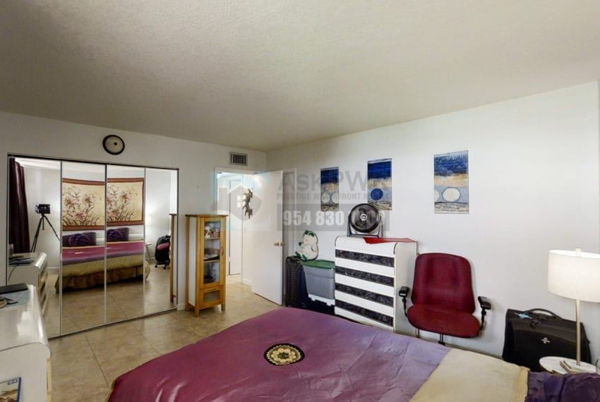 Oakland_Park_Real_Estate-Lake_Emerald_114_406-Condo_for_Sale-F10218930-114_Lake_Emerald_Dr_406_Oakland_Park_FL_33309-Prestige_Waterfront_Realty_AskPWR--12