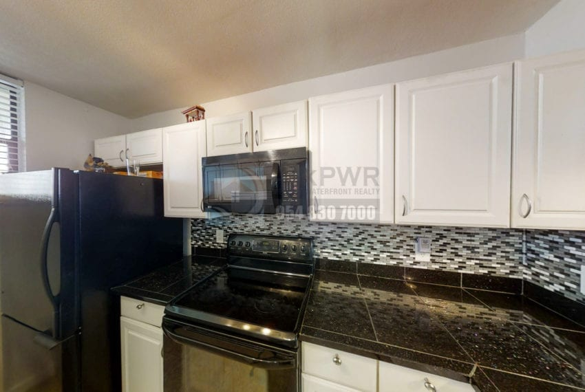 Oakland_Park_Real_Estate-Lake_Emerald_114_406-Condo_for_Sale-F10218930-114_Lake_Emerald_Dr_406_Oakland_Park_FL_33309-Prestige_Waterfront_Realty_AskPWR--17