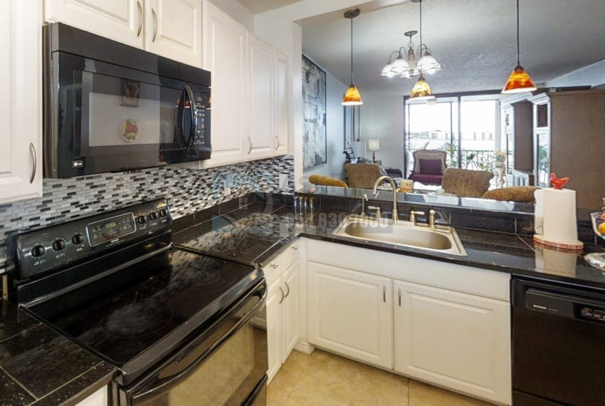 Oakland_Park_Real_Estate-Lake_Emerald_114_406-Condo_for_Sale-F10218930-114_Lake_Emerald_Dr_406_Oakland_Park_FL_33309-Prestige_Waterfront_Realty_AskPWR--23