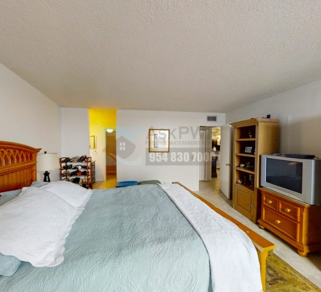 Oakland_Park_Real_Estate-Lake_Emerald_114_406-Condo_for_Sale-F10218930-114_Lake_Emerald_Dr_406_Oakland_Park_FL_33309-Prestige_Waterfront_Realty_AskPWR--6
