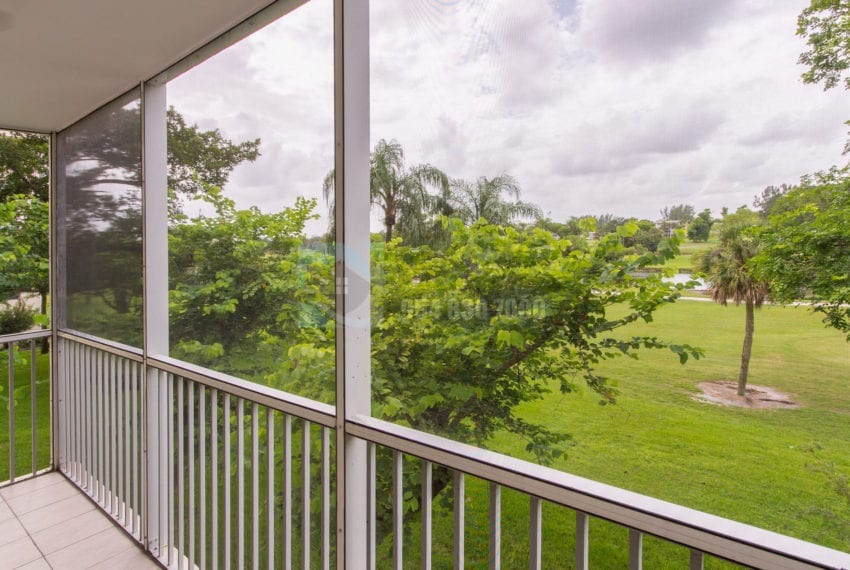 Palm_Aire_Country_Club-Condo_for_Sale-F10176630-Pompano_Beach_Real_Estate_Listing-3050_N_Palm_Aire_Dr_310_Pompano_Beach_FL_33069-Prestige_Waterfront_Realty_AskPWR- -23