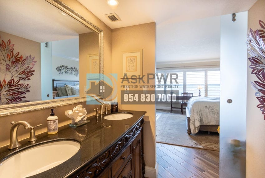 Playa_Del_Mar-Galt_Ocean_Mile-Condo_for_Sale-MLS_F10203535-3900_Galt_Ocean_Dr_806-Prestige_Waterfront_Realty_AskPWR-Galt_Ocean_Mile_Condo_for_sale-28