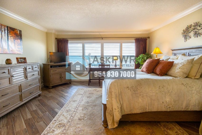 Playa_Del_Mar-Galt_Ocean_Mile-Condo_for_Sale-MLS_F10203535-3900_Galt_Ocean_Dr_806-Prestige_Waterfront_Realty_AskPWR-Galt_Ocean_Mile_Condo_for_sale-29