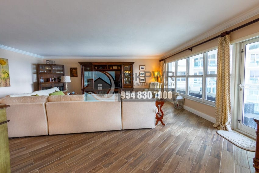 Playa_Del_Mar-Galt_Ocean_Mile-Condo_for_Sale-MLS_F10203535-3900_Galt_Ocean_Dr_806-Prestige_Waterfront_Realty_AskPWR-Galt_Ocean_Mile_Condo_for_sale-39
