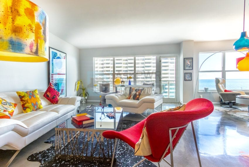 Playa Del Mar 916 Condo for Sale F10201719 - Galt Ocean Mile Real Estate Listing - 3900 Galt Ocean Dr 916 Fort Lauderdale FL 33308 Prestige Waterfront Realty | AskPWR - Oceanfront Sitting Area