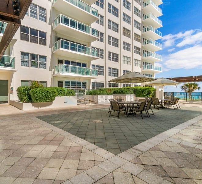 Riviera_Condominium-Galt_Ocean_Mile-Condo_for_Sale_and_Rent-CommonAreas-Prestige_Waterfront_Realty_AskPWR- (4 of 33)