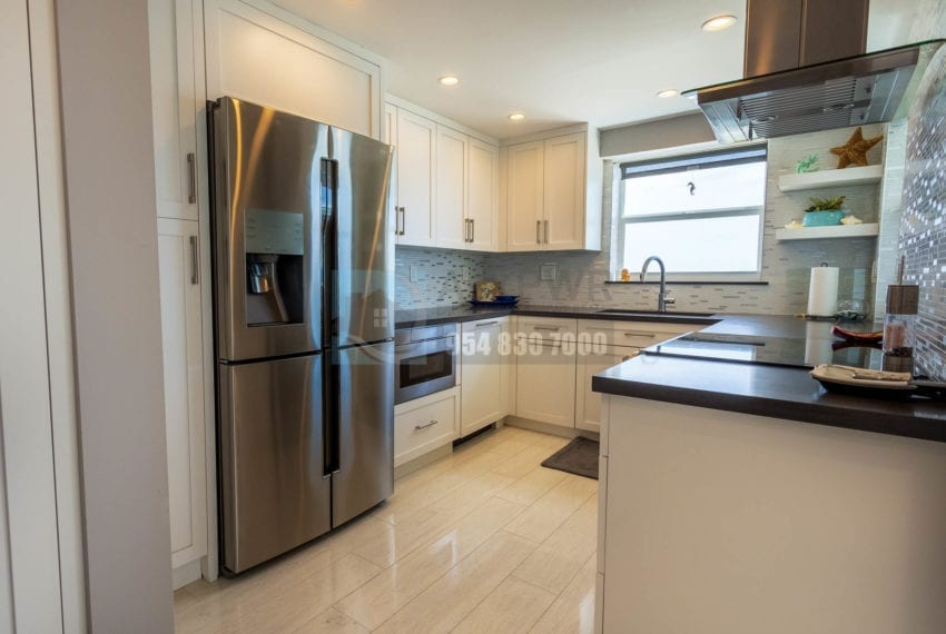 The_Commodore-Galt_Ocean_Mile-Condo_for_sale-MLS_F10191984-Prestige_Waterfront_Realty_AskPWR--22