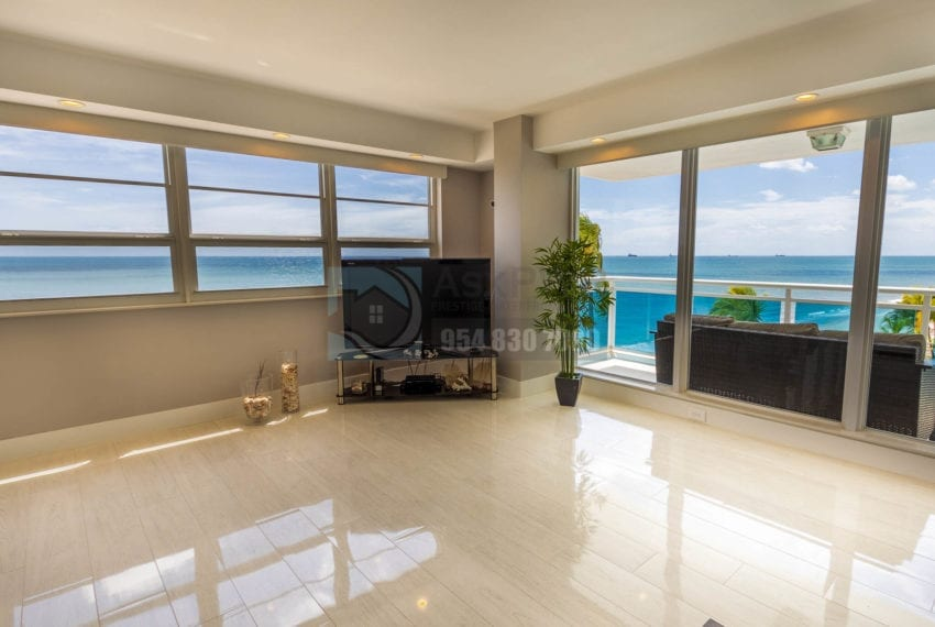 The_Commodore-Galt_Ocean_Mile-Condo_for_sale-MLS_F10191984-Prestige_Waterfront_Realty_AskPWR--33