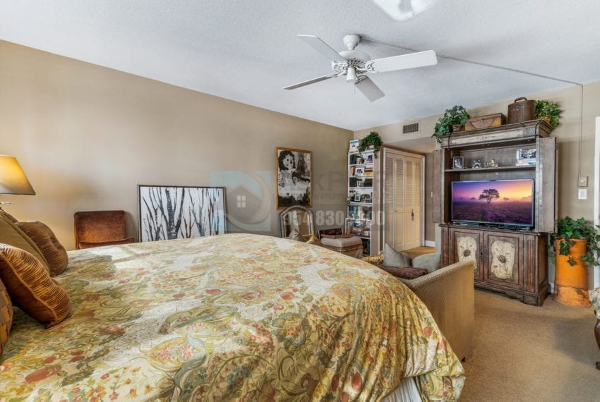 The_Commodore_904-Condo_for_Sale-F10211692-3430_Galt_Ocean_Dr_Fort_Lauderdale_FL_33308-Galt_Ocean_Mile_Real_Estate_Listings-Prestige_Waterfront_Realty_AskPWR-6