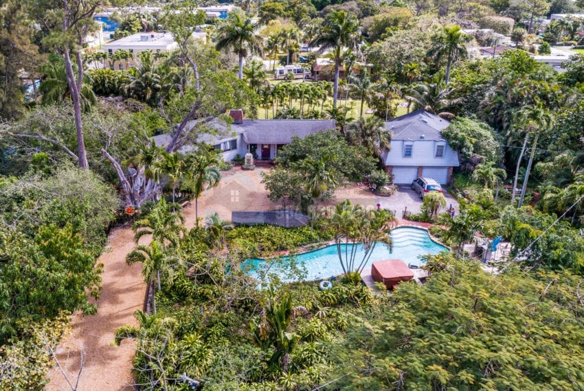 Lazy_Lake-Waterfront_Home_for_Sale-F10219736-2249_Lazy_Lane_Lazy_Lake_FL__Beach_Real_Estate_Listing-3050_N_Palm_Aire_Dr_310_Pompano_Beach_FL_33305-Prestige_Waterfront_Realty_AskPWR-11