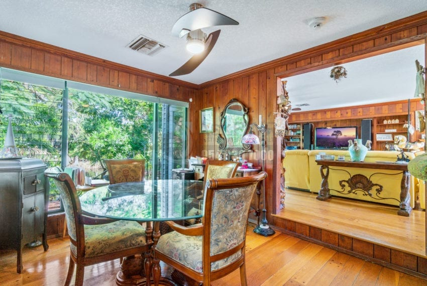 Lazy_Lake-Waterfront_Home_for_Sale-F10219736-2249_Lazy_Lane_Lazy_Lake_FL__Beach_Real_Estate_Listing-3050_N_Palm_Aire_Dr_310_Pompano_Beach_FL_33305-Prestige_Waterfront_Realty_AskPWR-17