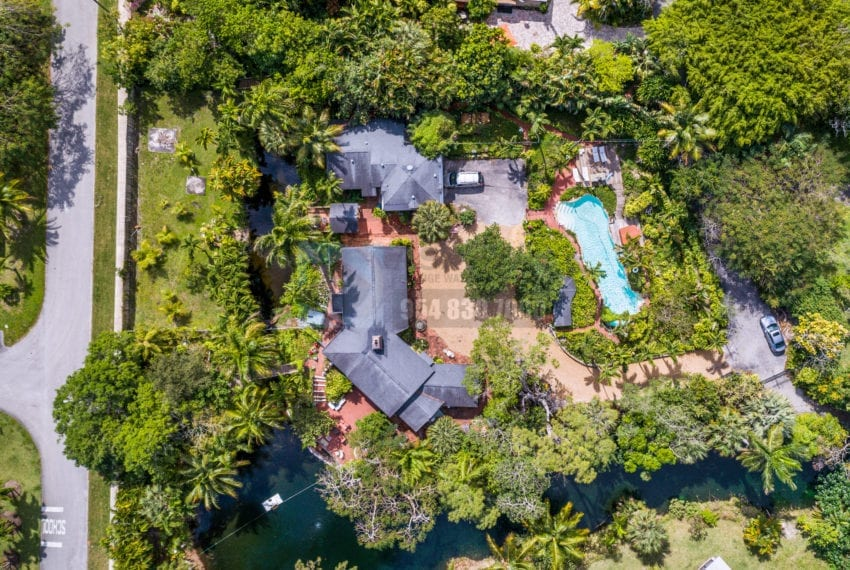 Lazy_Lake-Waterfront_Home_for_Sale-F10219736-2249_Lazy_Lane_Lazy_Lake_FL__Beach_Real_Estate_Listing-3050_N_Palm_Aire_Dr_310_Pompano_Beach_FL_33305-Prestige_Waterfront_Realty_AskPWR-20