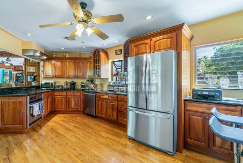 Lazy_Lake-Waterfront_Home_for_Sale-F10219736-2249_Lazy_Lane_Lazy_Lake_FL__Beach_Real_Estate_Listing-3050_N_Palm_Aire_Dr_310_Pompano_Beach_FL_33305-Prestige_Waterfront_Realty_AskPWR-32