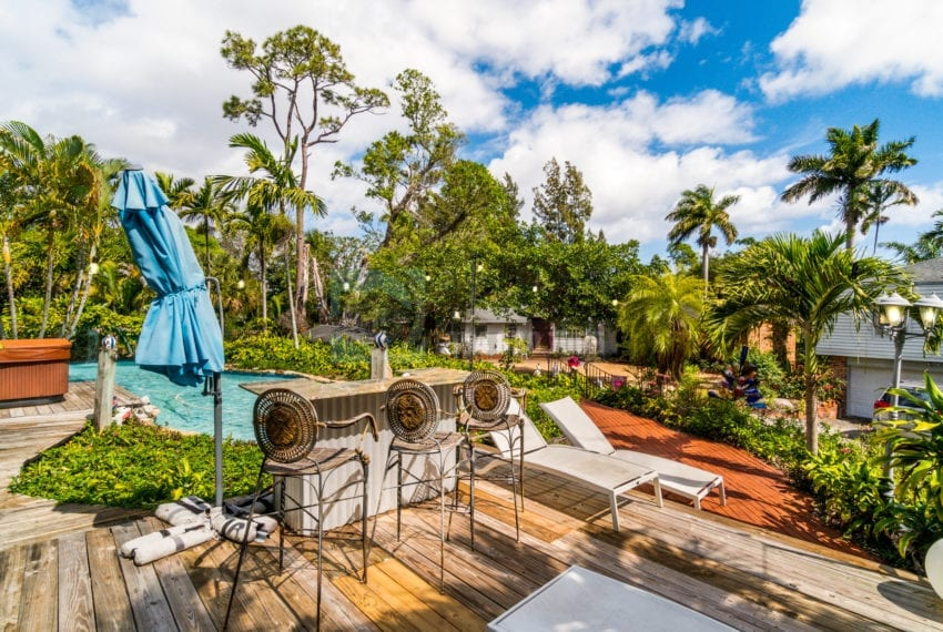 Lazy_Lake-Waterfront_Home_for_Sale-F10219736-2249_Lazy_Lane_Lazy_Lake_FL__Beach_Real_Estate_Listing-3050_N_Palm_Aire_Dr_310_Pompano_Beach_FL_33305-Prestige_Waterfront_Realty_AskPWR-35