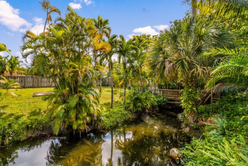 Lazy_Lake-Waterfront_Home_for_Sale-F10219736-2249_Lazy_Lane_Lazy_Lake_FL__Beach_Real_Estate_Listing-3050_N_Palm_Aire_Dr_310_Pompano_Beach_FL_33305-Prestige_Waterfront_Realty_AskPWR-43