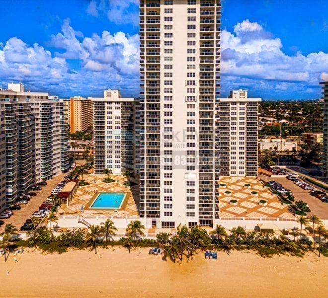 Playa_Del_Sol_Condominium-3500_Galt_Ocean_Drive-Galt_Mile-Real_Estate_Listings-Oceanfront_Condos_for_Sale_&_Rent-Prestige_Waterfront_Realty_AskPWR-Beach-Drone-June_2020-2