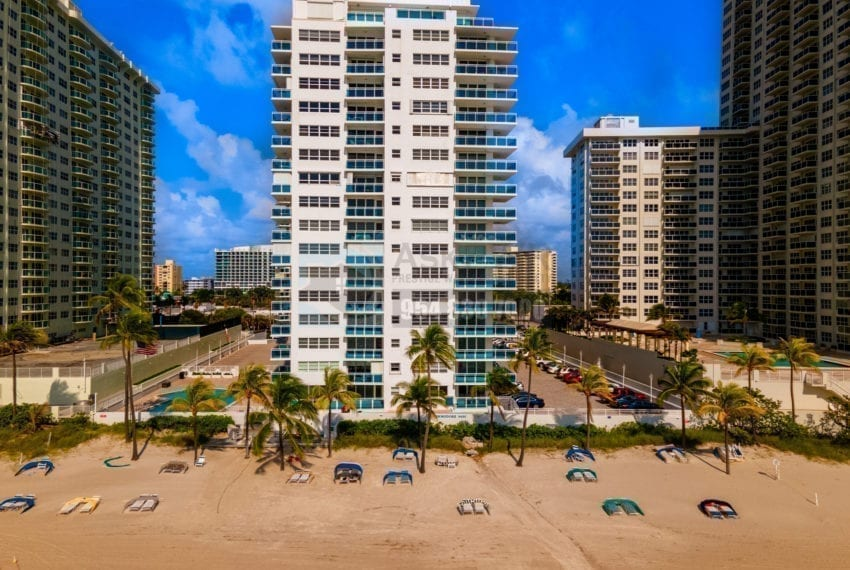The_Commodore_Condominium-3430_Galt_Ocean_Drive-Galt_Mile-Real_Estate_Listings-Oceanfront_Condos_for_Sale_&_Rent-Prestige_Waterfront_Realty_AskPWR-Beach-Drone-June_2020-2