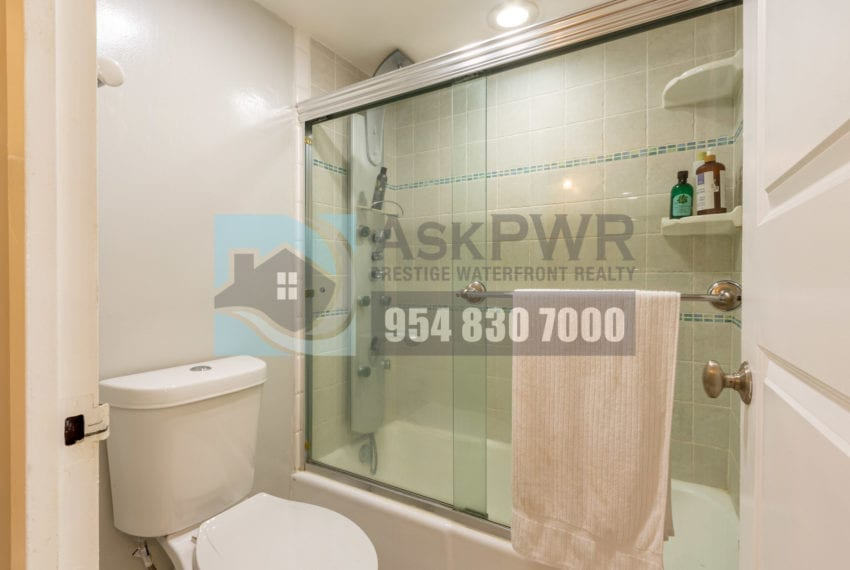 Galt_Mile_Condo_for_Sale-The_Commodore-3430_Galt_Ocean_Dr_Fort_Lauderdale-Apartment_for_Sale-MLS_F10258919-Prestige_Waterfront_Realty-AskPWR-35