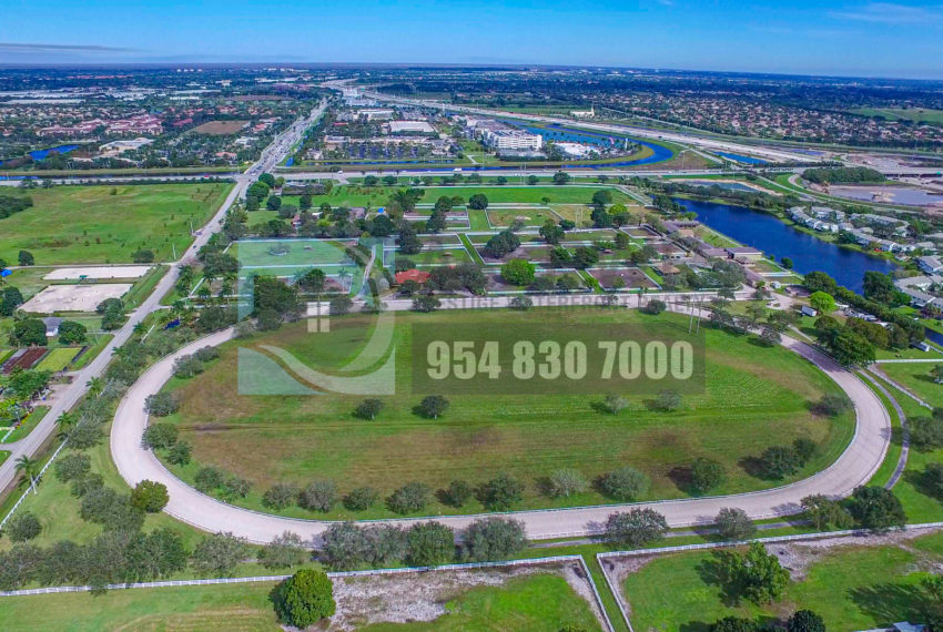 MLS_A10046579-15990_Griffin_Rd_Southwest_ranches-Prestige_Waterfront_Realty_AskPWR-Highest_Sold_Listing_in_Southwest_ranches-18