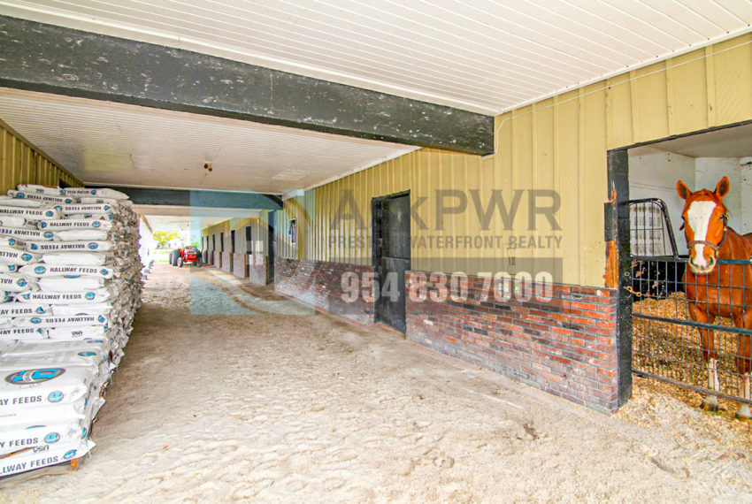 MLS_A10046579-15990_Griffin_Rd_Southwest_ranches-Prestige_Waterfront_Realty_AskPWR-Highest_Sold_Listing_in_Southwest_ranches-3