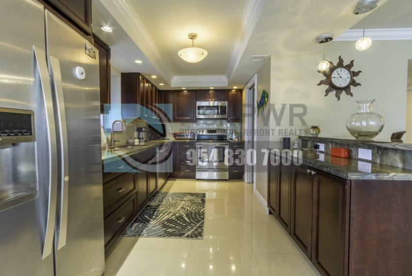 Galt_Mile_Condo_for_Sale-The_commodore-3430_galt_ocean_dr_1411_mls_F10271884-Prestige_Waterfront_Realty_AskPWR-8